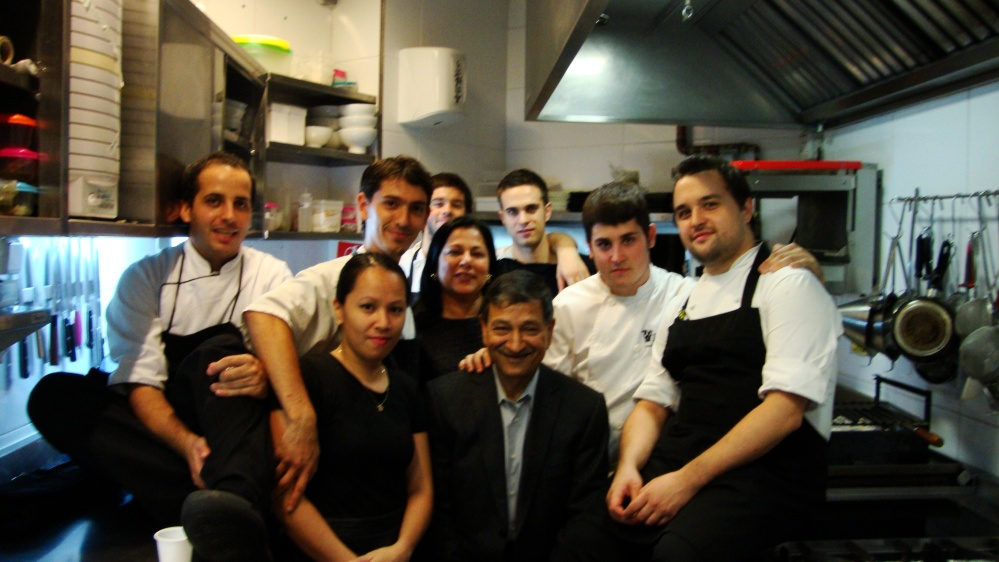 In the Kitchen with the Team of 41°
